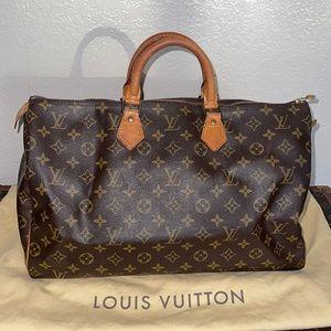 Authentic Louis Vuitton speedy 40 monogram tote